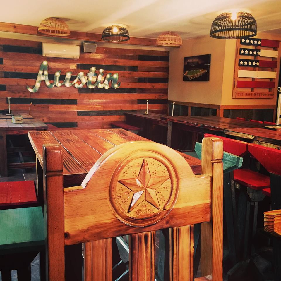 Oakwood BBQ interior