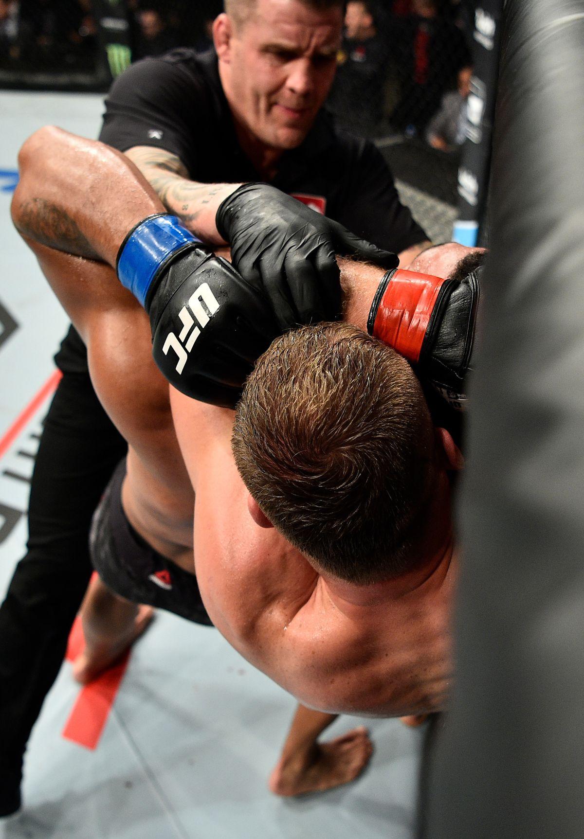 UFC Fight Night: Blachowicz v Clark