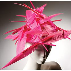 Philip Treacy, Feather Hat, 1995 © Victoria and Albert Museum, London.