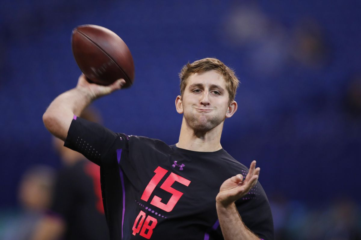 Here s all the stuff people get mad about when they get upset about Josh  Rosen 281e061ca59