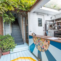 """Next, make the most of your morning and roam (or jog?) over to <a href=""""http://www.anotherkindofsunrise.com"""">Another Kind of Sunrise</a> (1629 Abbot Kinney Blvd), a healthy cereal kiosk located on the far eastern end of the retail stretch. You won't find"""