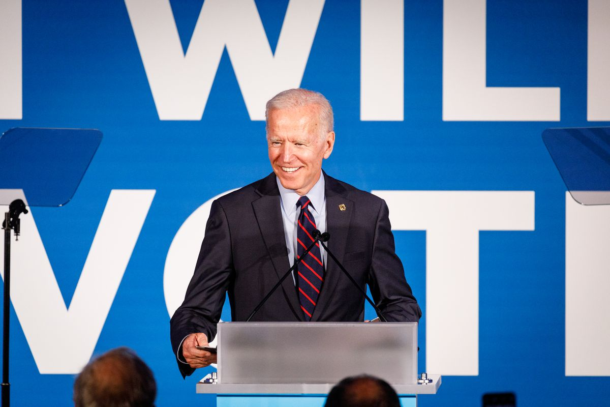 2020 race: Joe Biden talks about income inequality to his