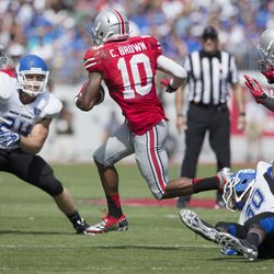 Ohio State Buckeyes wide receiver Philly Brown (10) evades Buffalo Bulls defenders for a short gain in the 4th quarter at Ohio Stadium. Ohio State won the game 40-20.