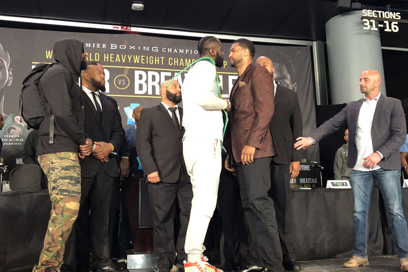 ShowtimeBoxing 2019 May 16.0 - Wilder-Breazeale staredown gets intense after heated words