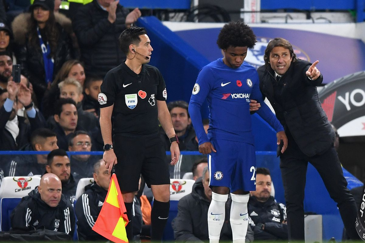 Willian Reportedly Ready to Force Chelsea Exit Unless Antonio Conte Leaves