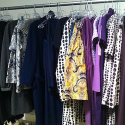 Pretty prints and hues from Lyn Devon
