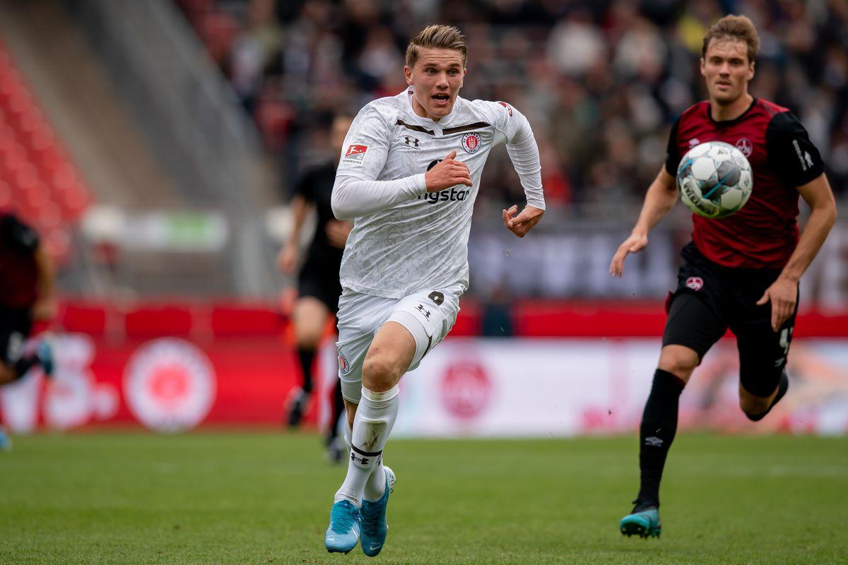 1. FC Nürnberg v FC St. Pauli - Second Bundesliga