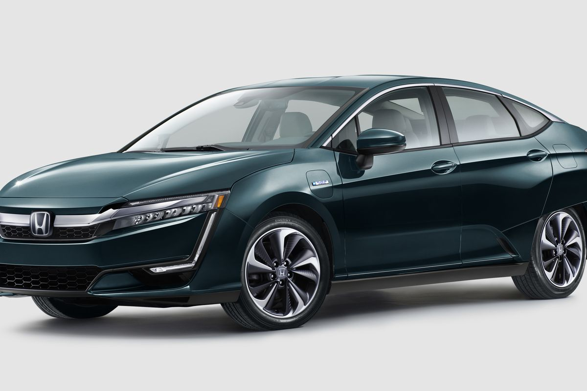 The Plug In Hybrid Honda Clarity Will Have An Electric Range Second