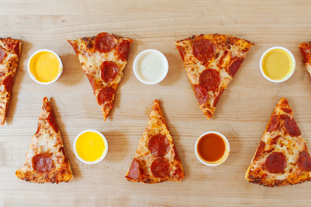 How Dipping Sauce For Pizza Became Oddly Necessary Eater
