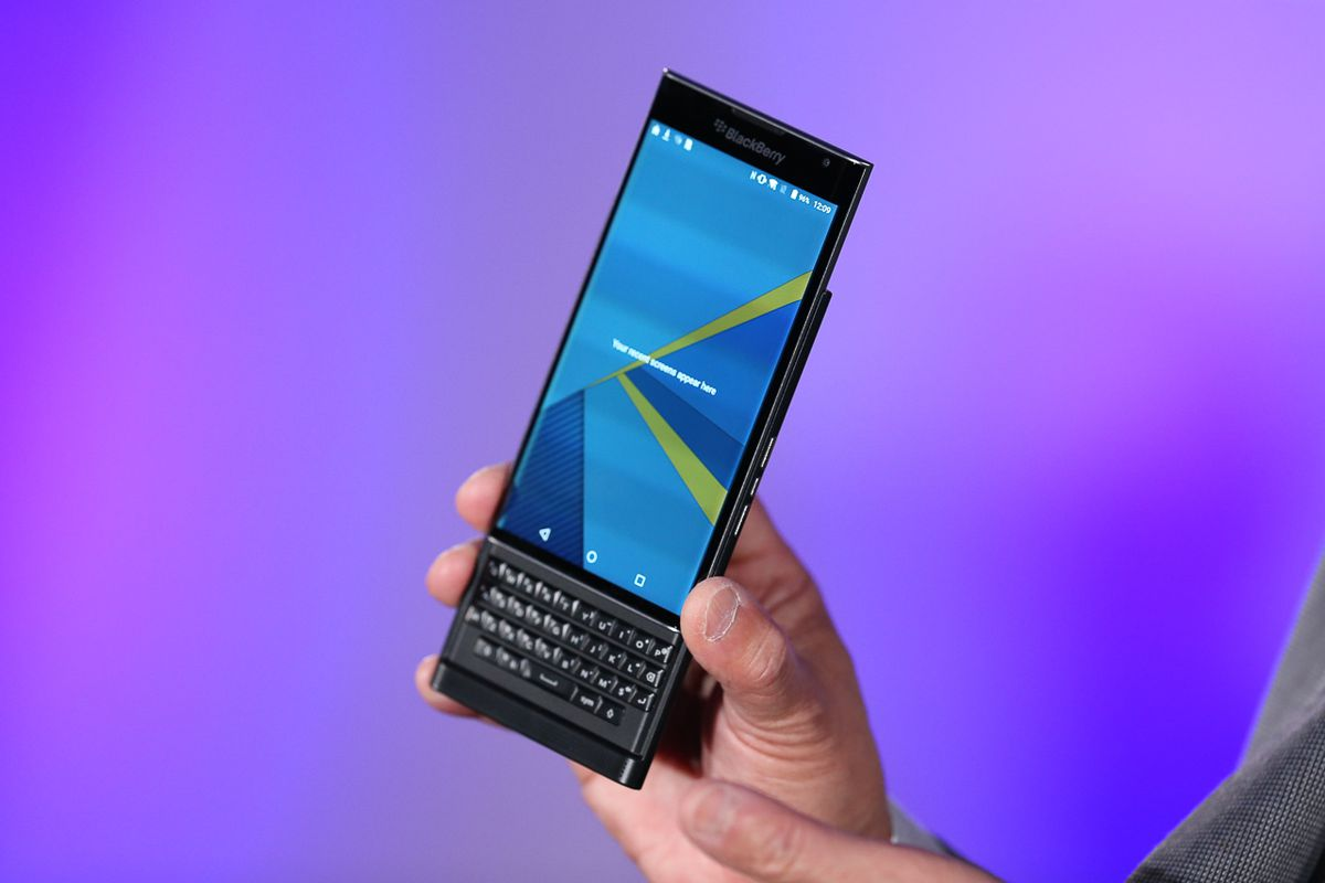Verizon Says BlackBerry's Priv Android Slider Is 'Coming Soon' - Vox
