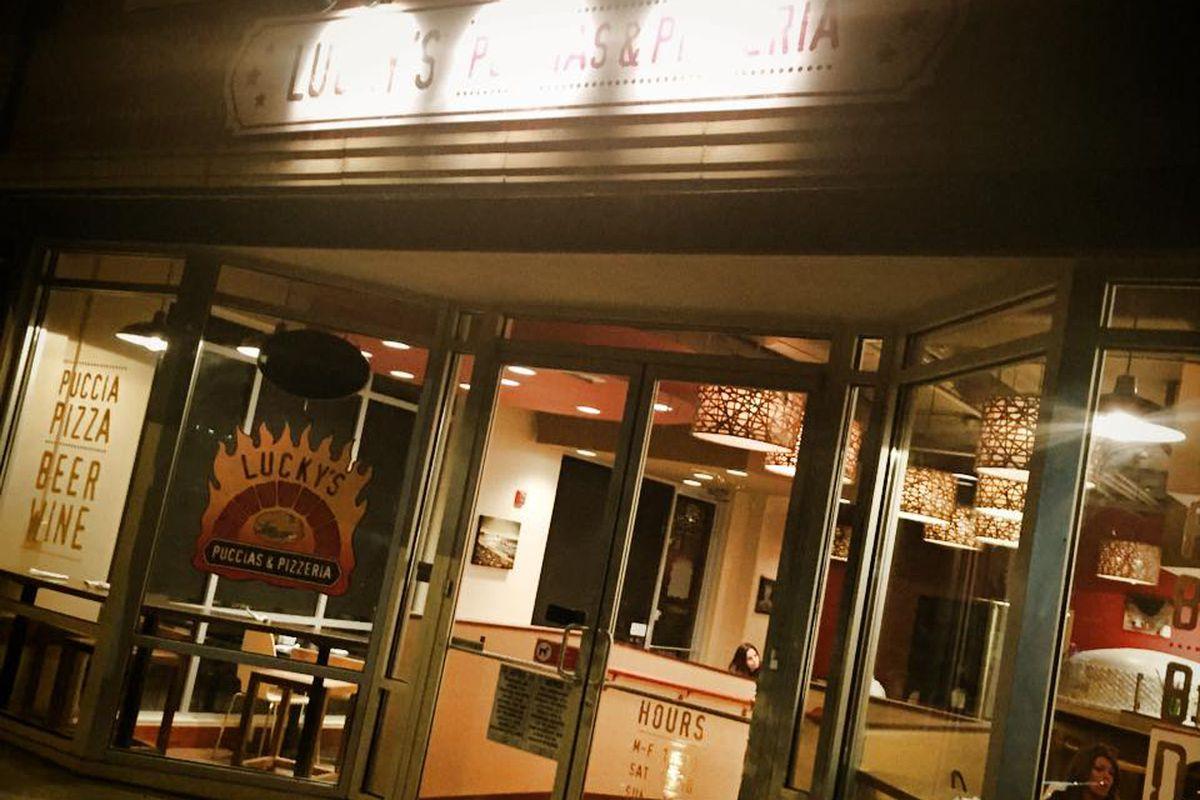 Lucky's Puccias & Pizzeria