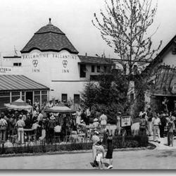 """Ballantine's Three Ring Inn via <a href=""""http://www.1939nyworldsfair.com/worlds_fair/wf_tour/zone-7/ballantine.htm"""">1939 World's Fair</a>."""
