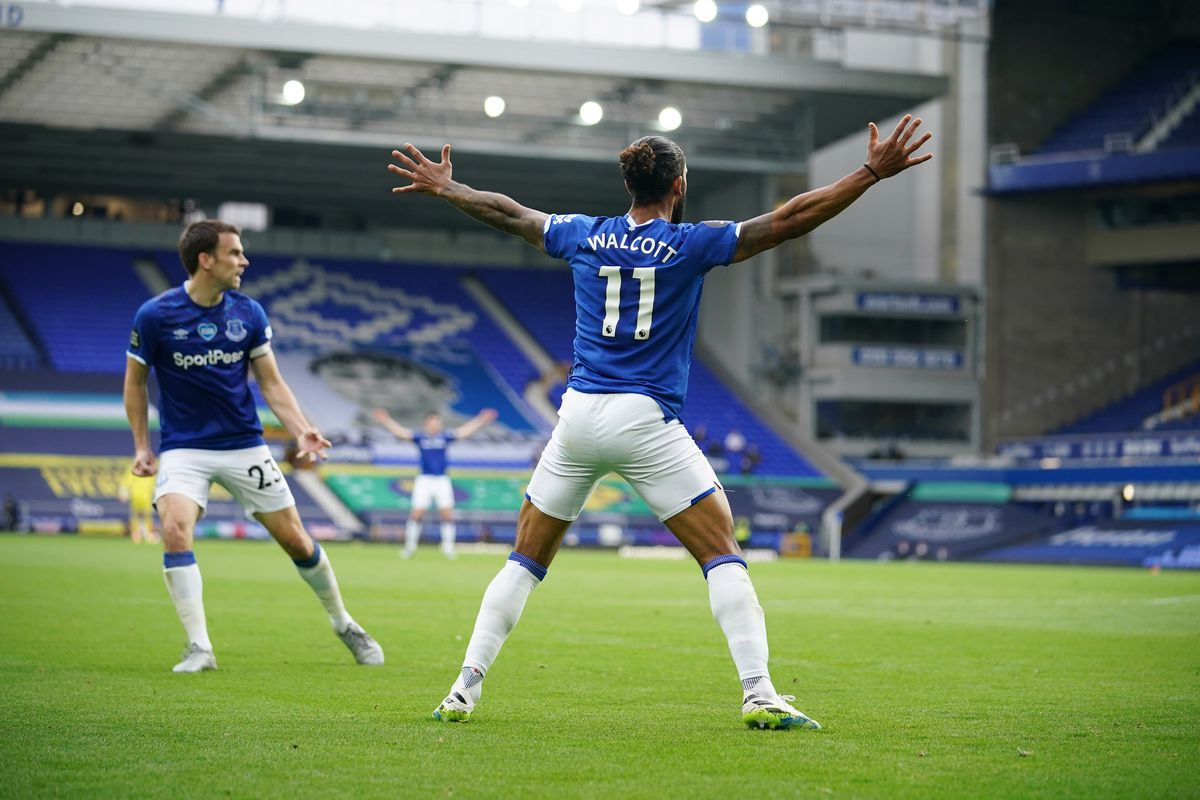 Everton FC v Aston Villa - Premier League