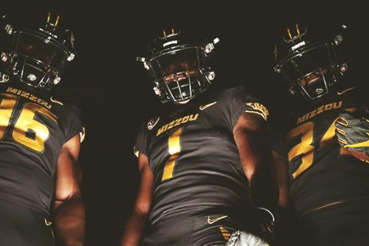 timeless design 6e7b3 fd951 Missouri-Kentucky football: Tigers unveil jerseys for No. 12 ...