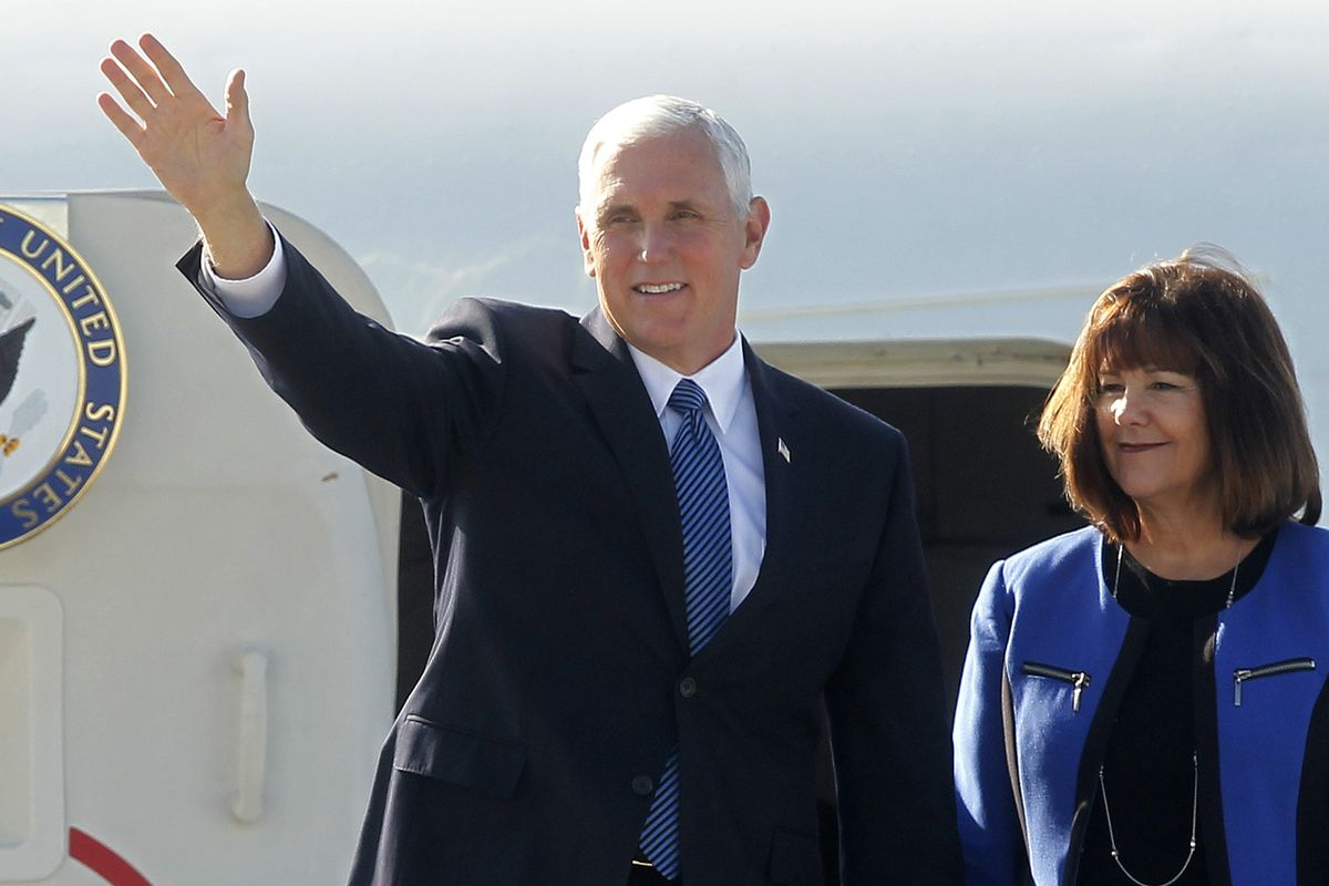CHILE-US-PENCE-ARRIVAL
