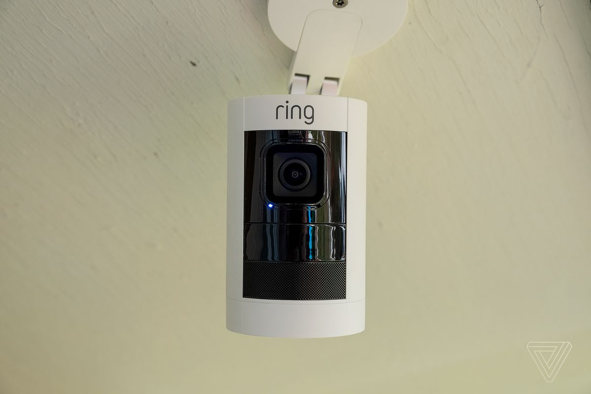 Ring Stick Up Cam, Smart Lighting, Door View Cam review: wire-free