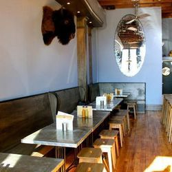 """<a href=""""http://boston.eater.com/archives/2012/02/16/lone-star-taco-bar-is-bostons-lone-taco-bar.php"""">Boston: <strong>Lone Star Taco Bar</strong> Is Boston's Lone Taco Bar</a>"""