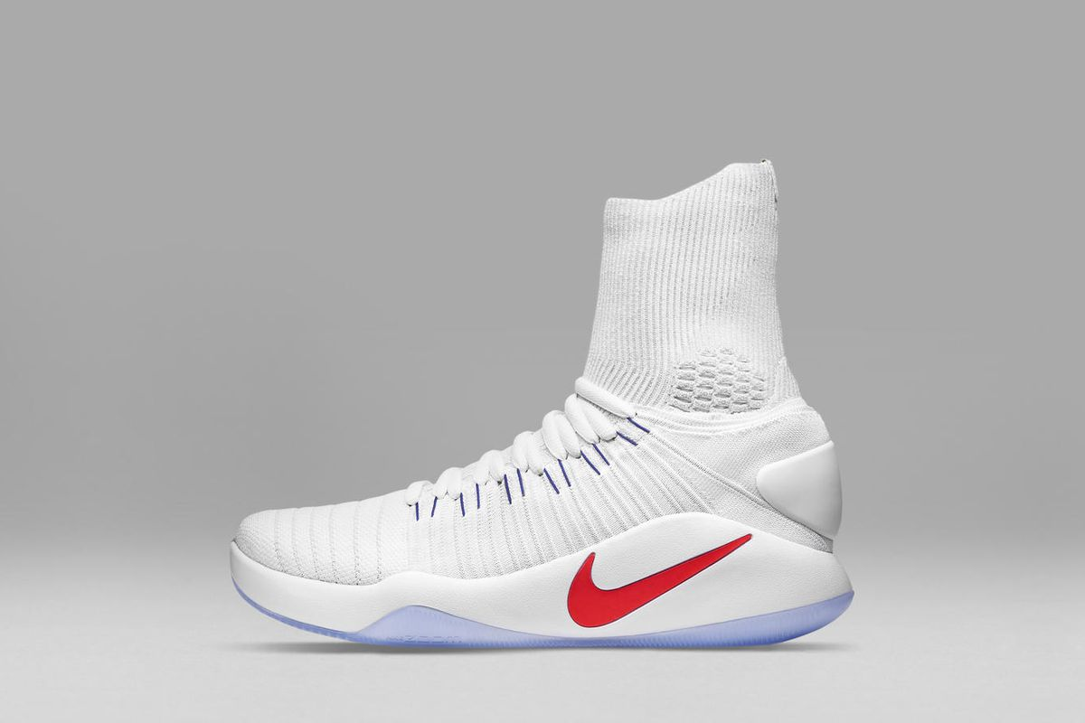 7f3d6878cdd0 Nike knows it has a lot to live up to with the Hyperdunk 2016. When the  first edition of the shoe originally debuted ahead of the 2008 Beijing  Olympics