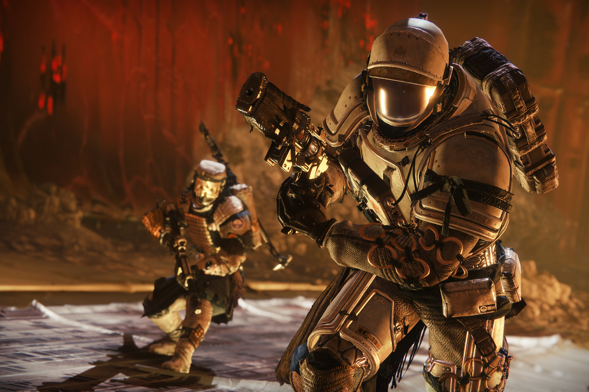 Guardians on the Moon in Destiny 2: Shadowkeep