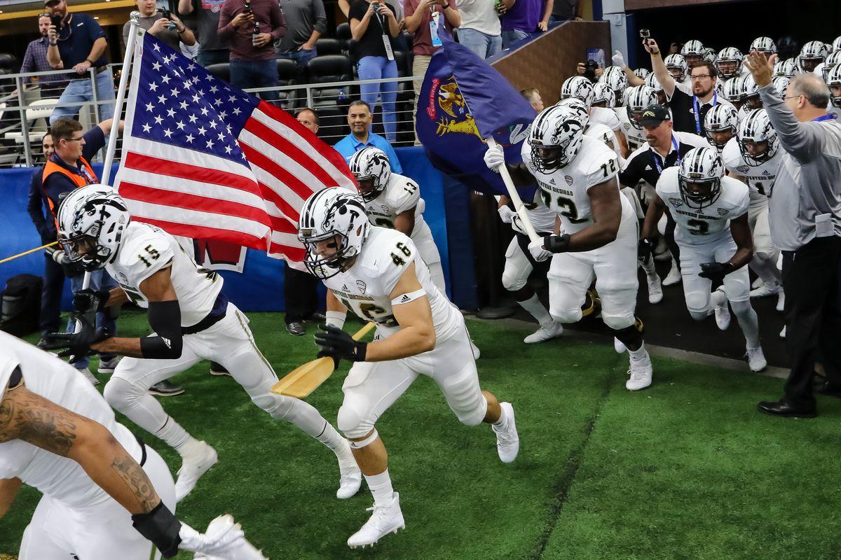 NCAA FOOTBALL: JAN 02 Cotton Bowl - Western Michigan v Wisconsin