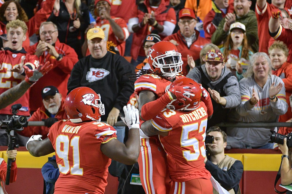 9fb8ec43683 Chiefs' Dee Ford & Justin Houston need to show up in run D vs ...