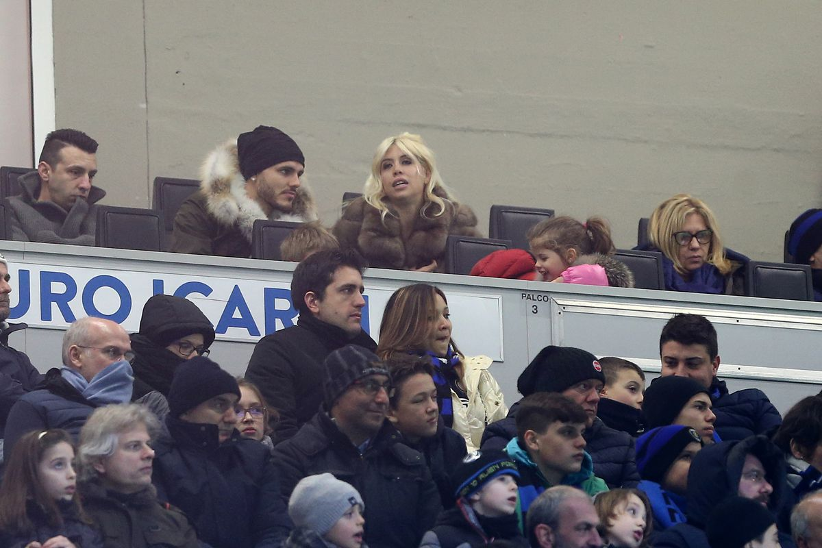 Mauro Icardi of FC Internazionale watch the game from the...