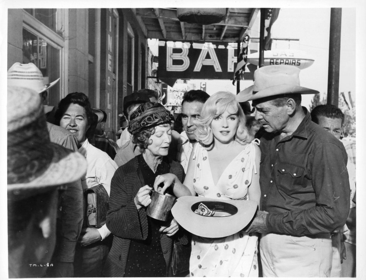 Montgomery Clift, Marilyn Monroe, and Clark Gable filming 'The Misfits', 1961.