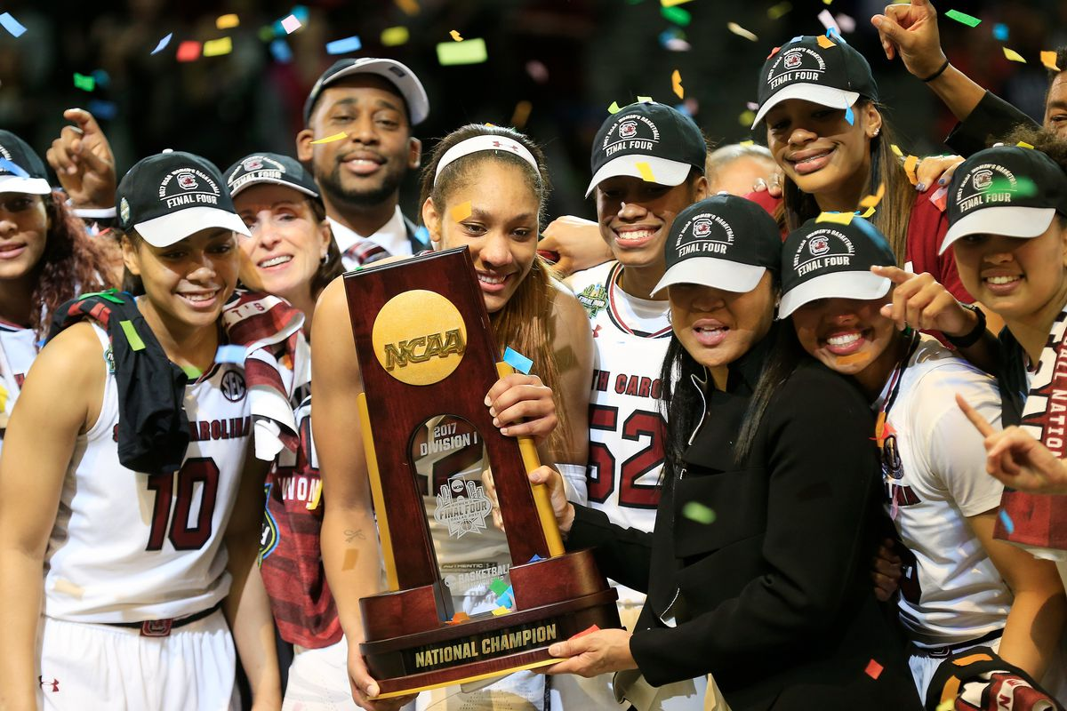 South Carolina Women's Hoops Teams Turns Down White House Invitation