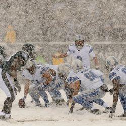 Detroit quarterback Matthew Stafford calls signals vs. the Eagles