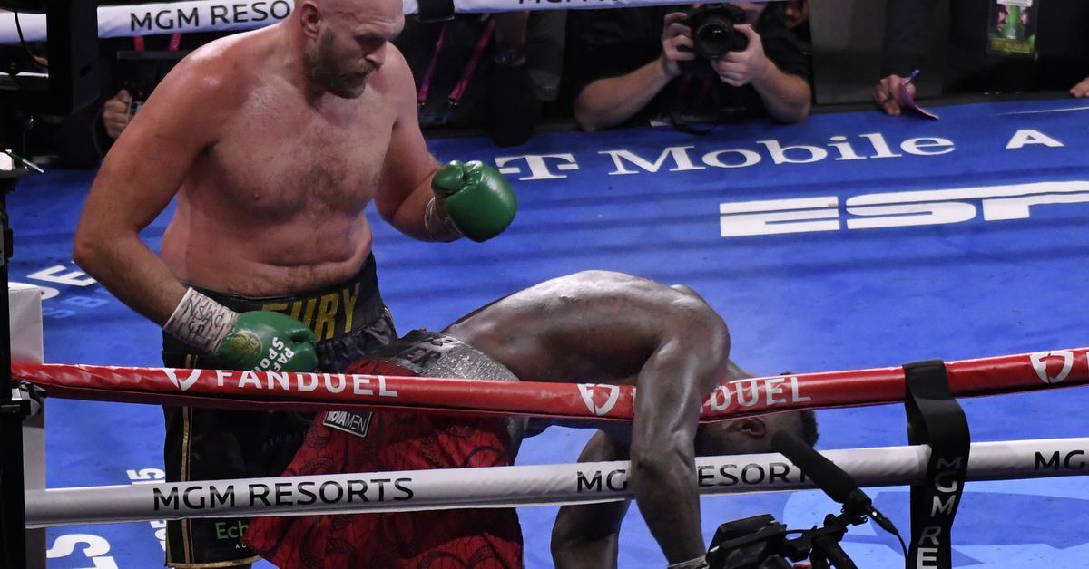 Fury vs. Wilder 3 video: See Tyson Fury's knockout of Deontay Wilder from wonderful angle thumbnail