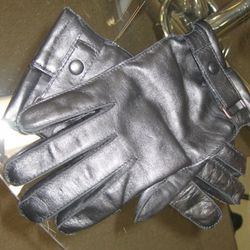 Tech gloves for use with touch screen devices, $125