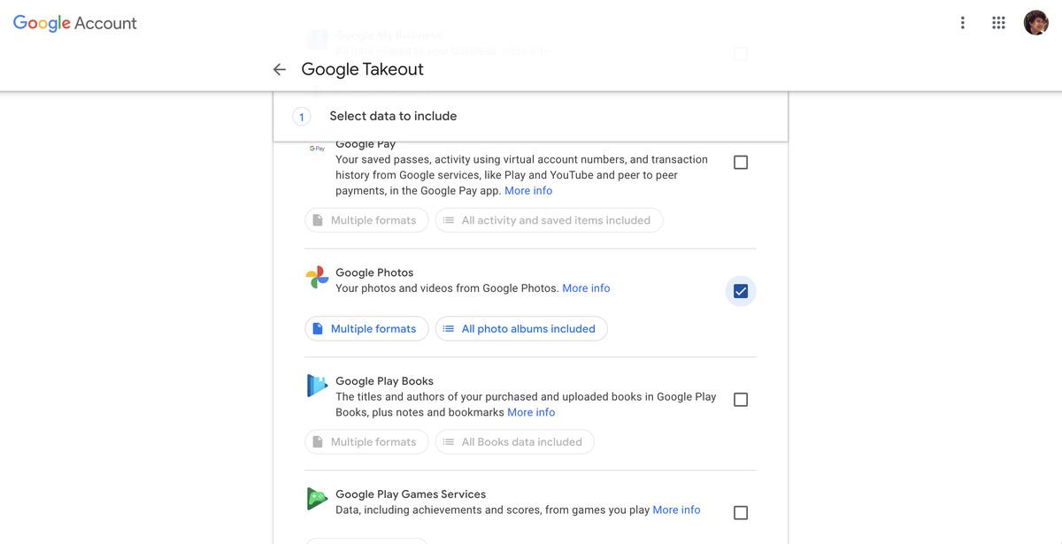 Khi bạn đã ở trong Google Takeout, hãy cuộn xuống Google Photos và chọn nó.