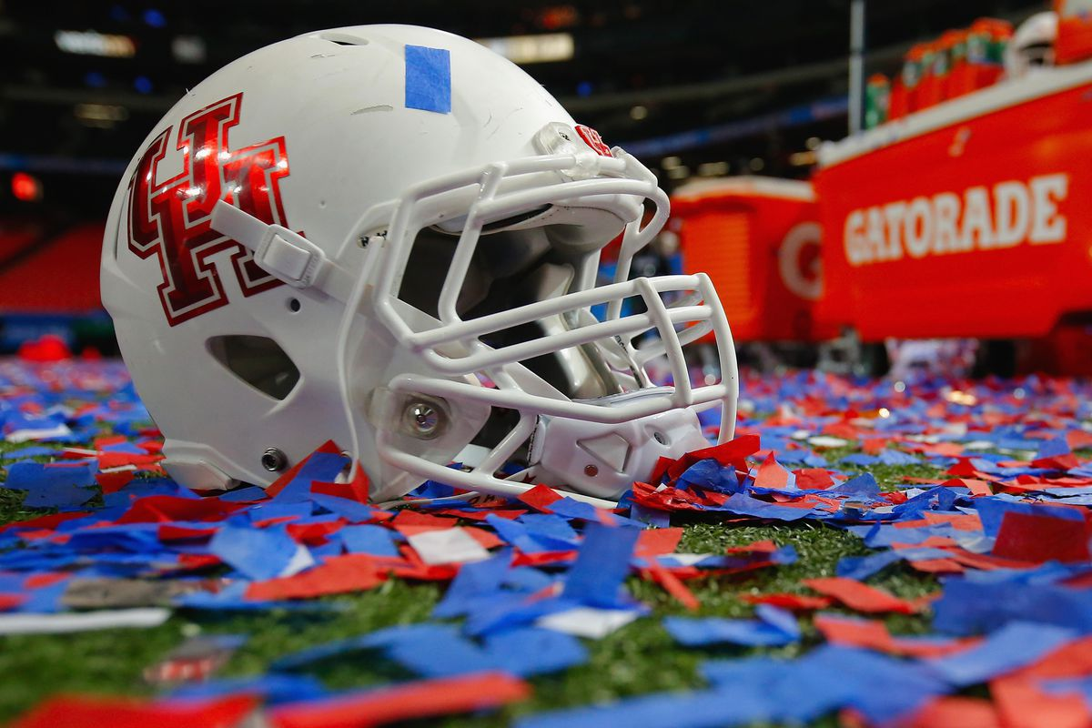 Houston ended 2015 on a high note, but the 2016 schedule will be an even greater challenge.