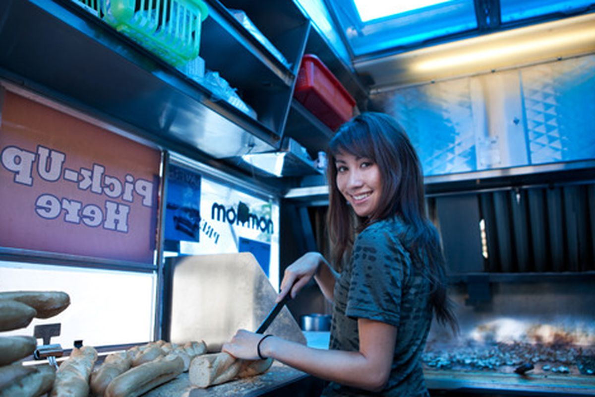 """<a href=""""http://elizabethdanielsphotography.com"""">Elizabeth Daniels 2/11</a>"""