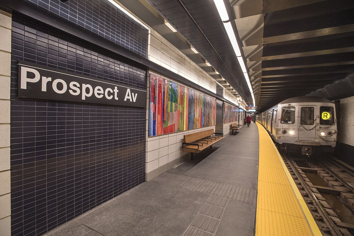 Brooklyn S Prospect Ave Subway Station Reopens After Six