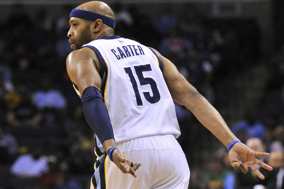 detailed pictures 33183 afc69 The Vinsanity Surge: Vince Carter is Back - Grizzly Bear Blues