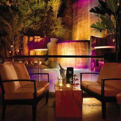 "Tryst Nightclub, Las Vegas [<a href=""https://www.facebook.com/photo.php?fbid=501367398846&set=a.501367323846.281560.8397273846&type=3&theater"">Photo</a>]"