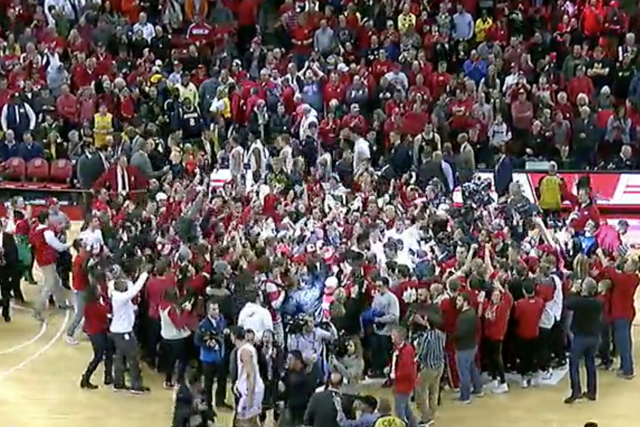 wisc.0 - Wisconsin ends No. 2 Michigan's perfect season: 5 reactions to the upset