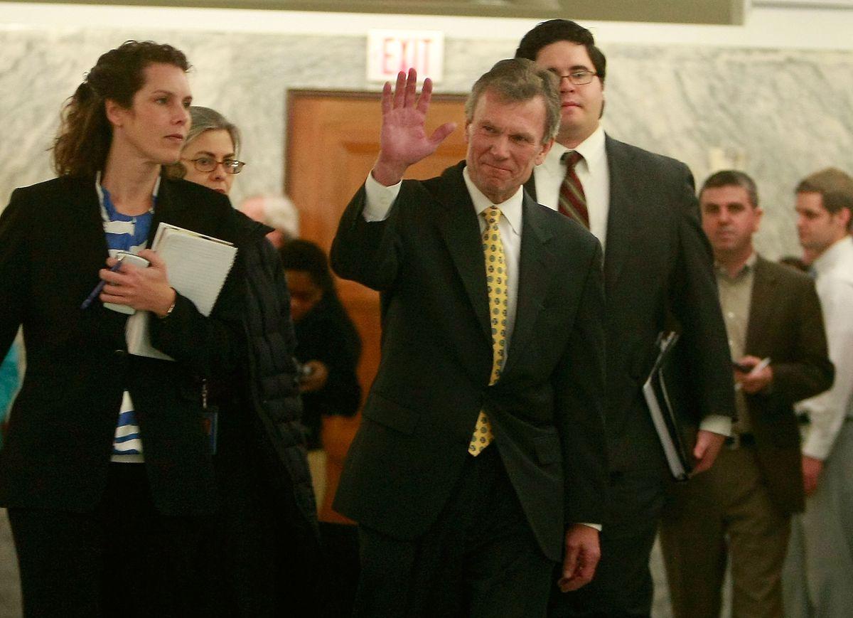 Senate Finance Cmte Questions Daschle Over Tax Errors