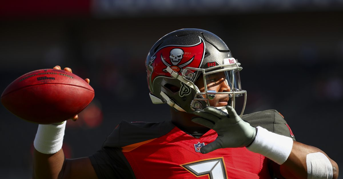 Jameis Winston learning and teaching important lessons ahead of training camp