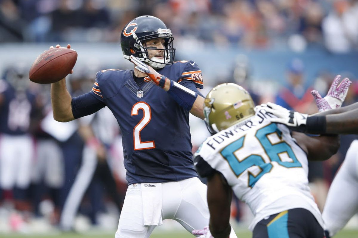c65bba503fe Brian Hoyer (2) threw for 302 yards in a 17-16 loss to the Jaguars on Oct.  16 at Soldier Field. It was his third consecutive game with 300 or more  passing ...