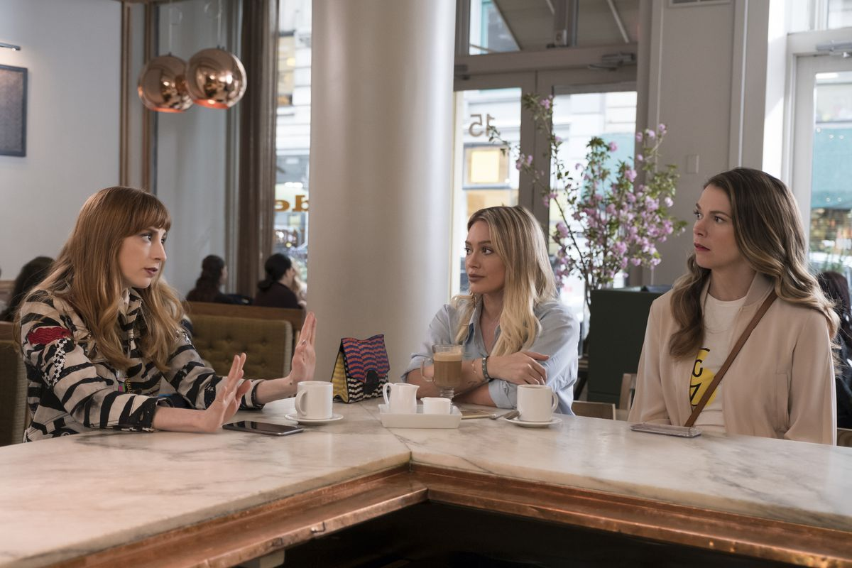 Molly Bernard as Lauren Heller, Hilary Duff as Kelsey Peters, and Sutton Foster as Liza Miller in season 4 of Younger.