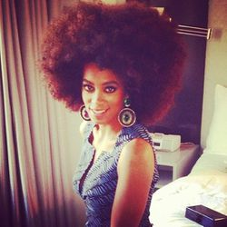 """But also <a href=""""http://instagram.com/p/Y_ZQldDIMS/"""">Solange</a>!"""