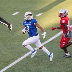 SJS Spartan wide receiver Isaiah Hamilton (9)