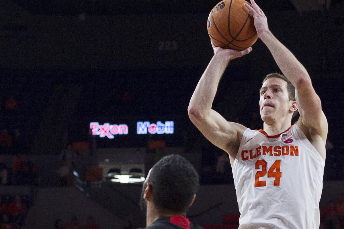 NCAA Basketball: Louisiana-Lafayette at Clemson