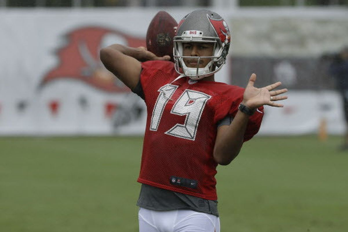 8e554af6 Bears K Roberto Aguayo cut by Buccaneers on HBO - Chicago Sun-Times