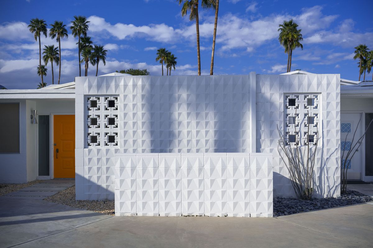 What To Know About Palm Spring S Midcentury Breeze Blocks