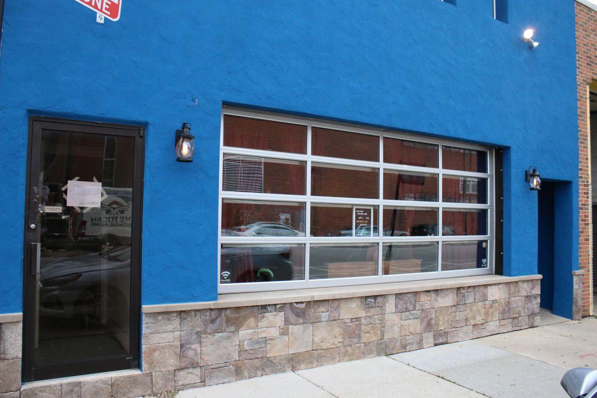 Assyrian Kitchen is located at 5481 N. Northwest Highway in Jefferson Park. | Brian Rich/Sun-Times