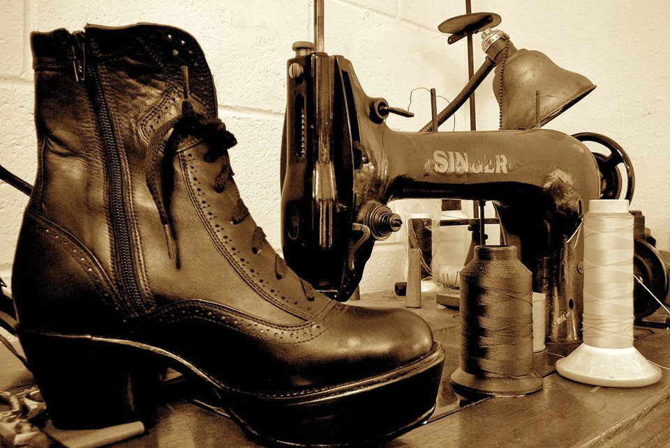 Escobars-Shoe-Repair_2015_02