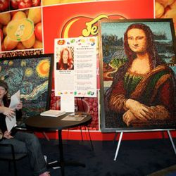 Starry Night and the Mona Lisa, depicted in Jelly Belly jelly beans.